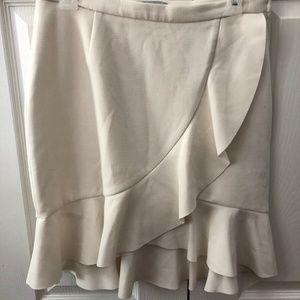 H&M White Skirt w/ruffle